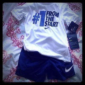 Nike 2Pc 3T NWT